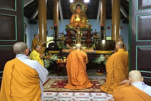 Lễ truyền giới Bát Quan Trai tại Tổ Đình Quan Âm Tu Viện - Biên Hòa