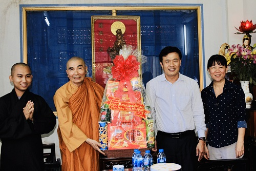 Đồng Nai: Ban Tôn Giáo Tỉnh Đồng Nai thăm và chúc Tết Tổ Đình Quan Âm Tu Viện